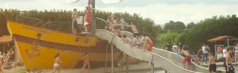 """Familienfahrt in den Freizeitpark """"Irrland"""""""