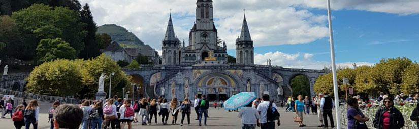 Flug-Pilgerreise nach Lourdes